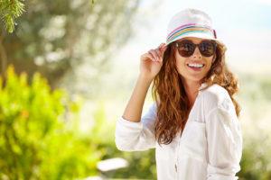 Allergie Tipp - Schutz von Pollen durch Sonnenbrille und Hut